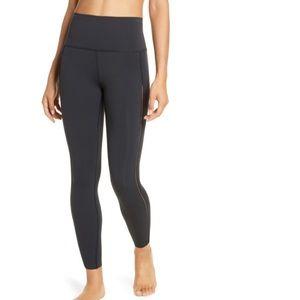 NWT Nike Yoga Luxe 7/8 Tights (Black - S)